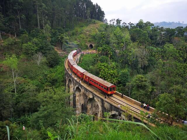 Cómo desplazarse por Sri Lanka en tren