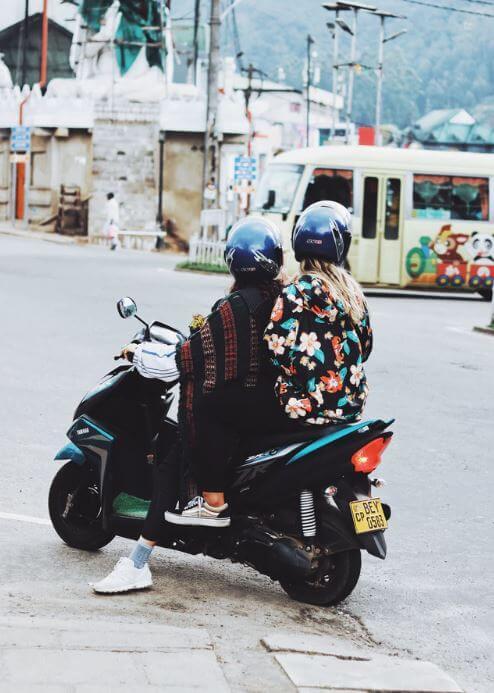 Cómo moverse por Sri Lanka en moto