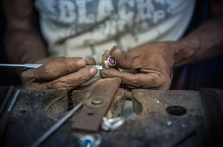 Piedras y Gemas preciosas en Sri Lanka
